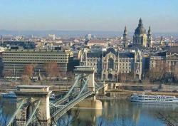 Венгрия закрыла единственный визовый центр в России
